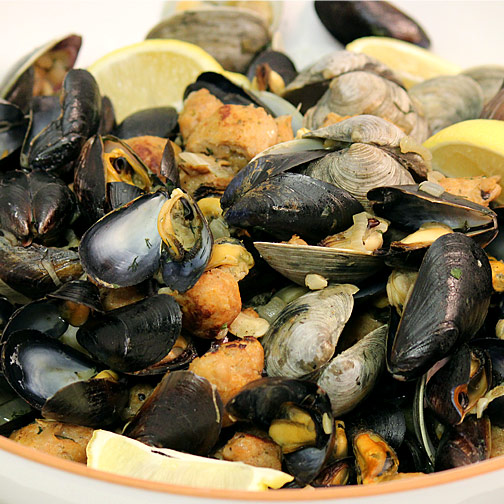 easy sausage, mussels and clams