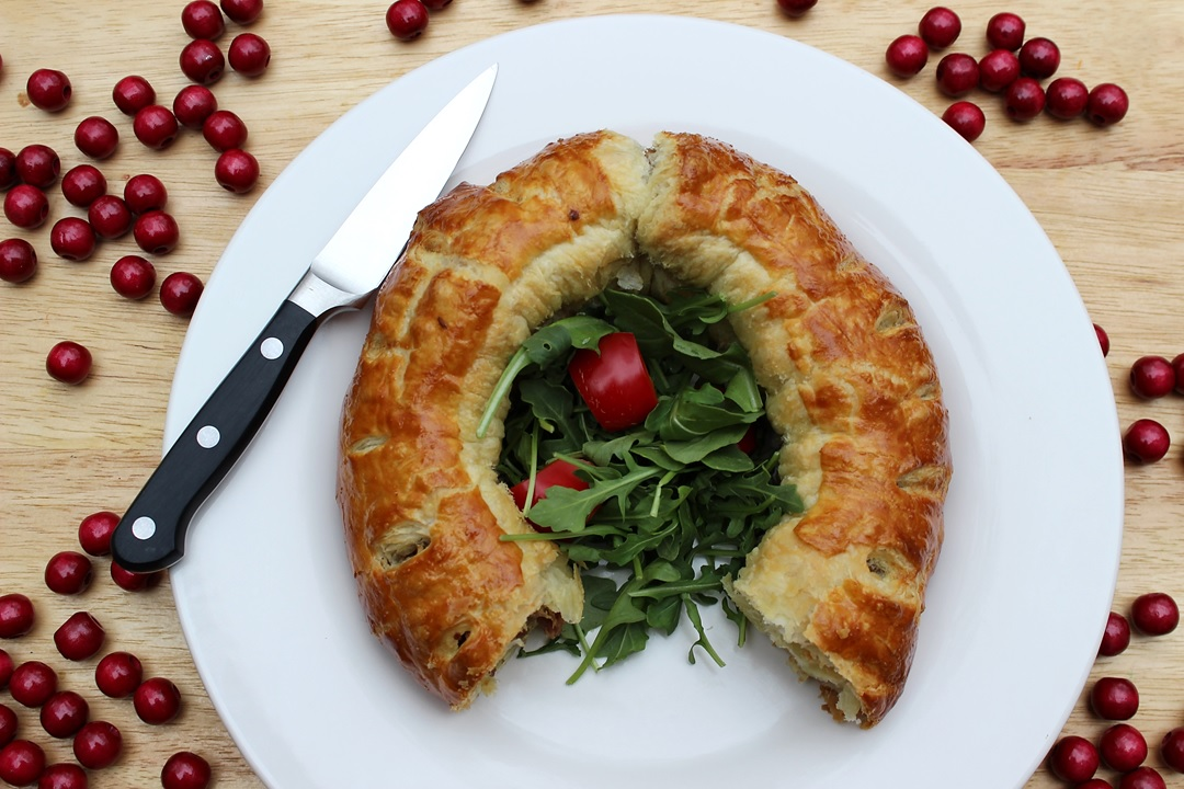 Holiday Sausage Wreath