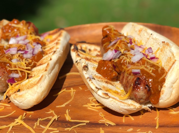sausage chili sandwich