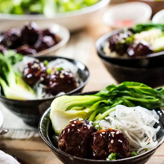 Spicy Korean-style Meatball Bowl